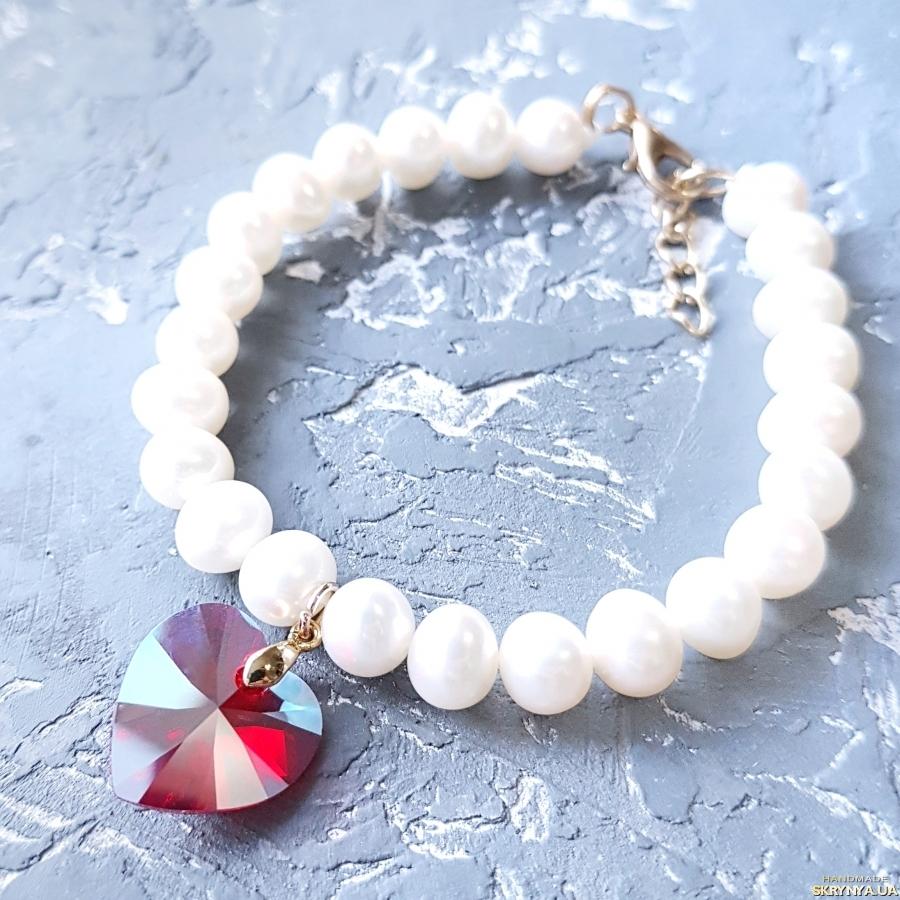 тут изображено Натуральні перли та Swarovski  комлект браслет та сережки у позолоті