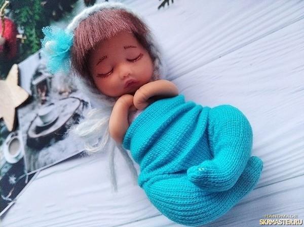 тут изображено Авторская кукла