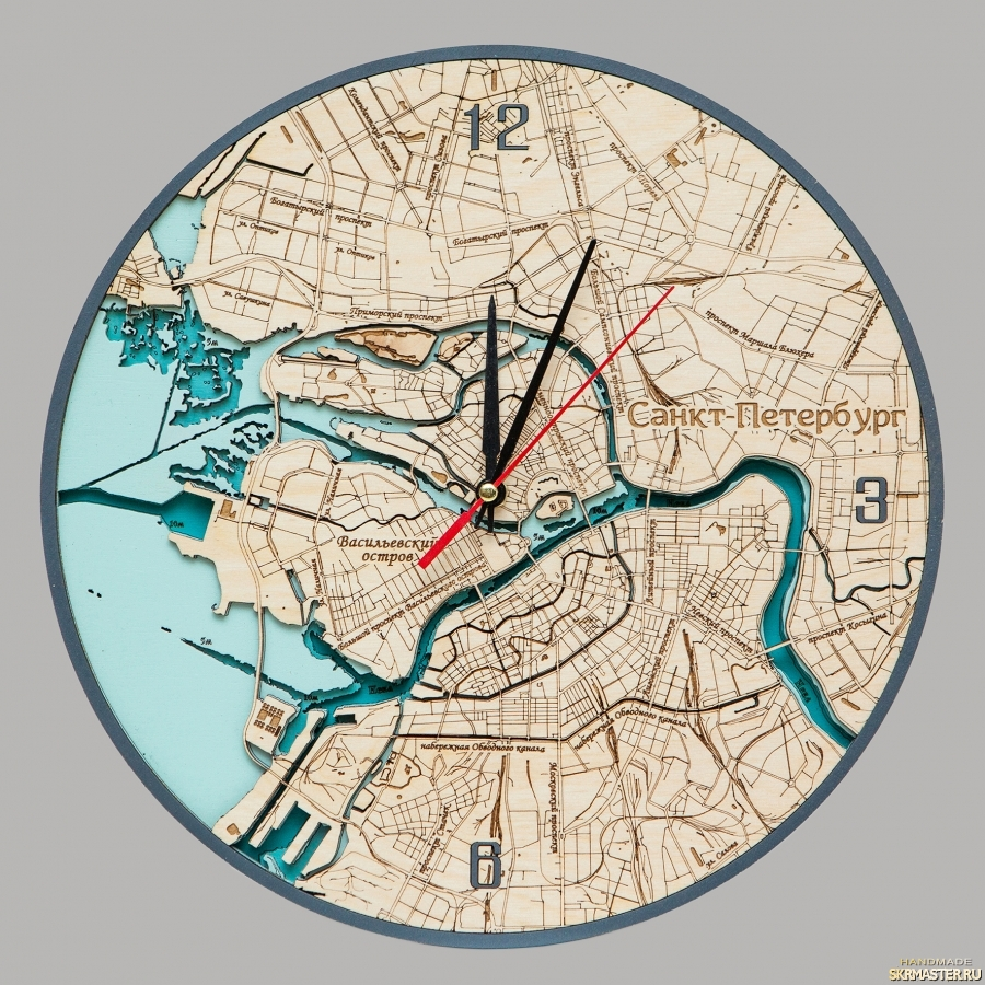 тут изображено Часы Санкт-Петербург многослойные