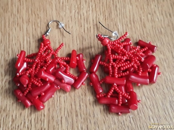 pictured here Earrings Coral