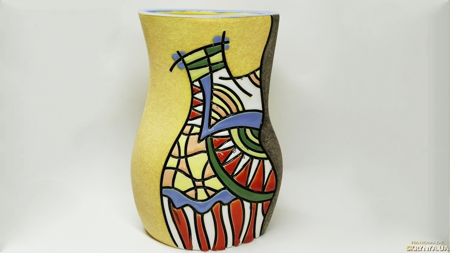 pictured here Pottery Vase ′ The Wave′