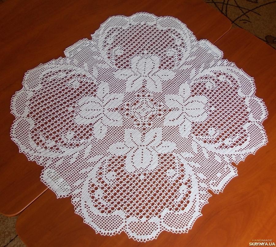 pictured here Crochet doily ′Fuchsia′
