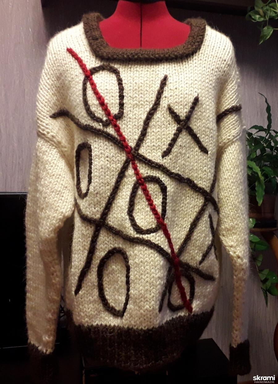 тут изображено Пуловер ′ крестики- нолики′.