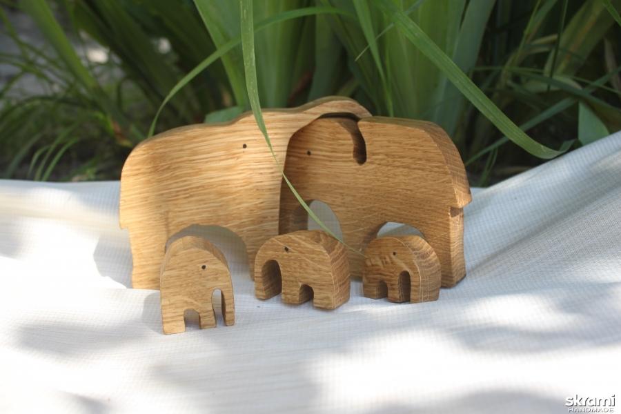 тут изображено Детский развивающий пазл-игрушка ′Семья слонов′