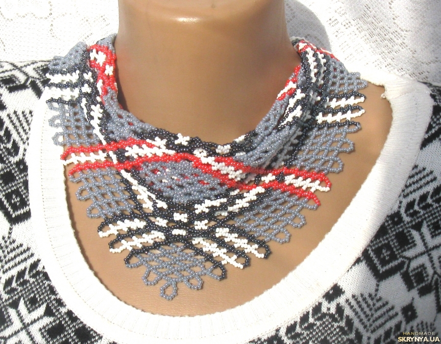 pictured here  Necklace-scarf ′London′ Necklace English cage gray