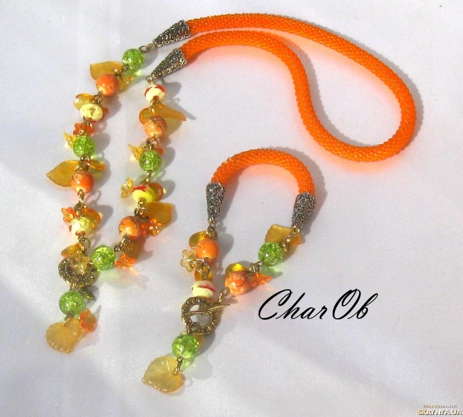 pictured here Necklace and bracelet ′Ryabinushka-2′