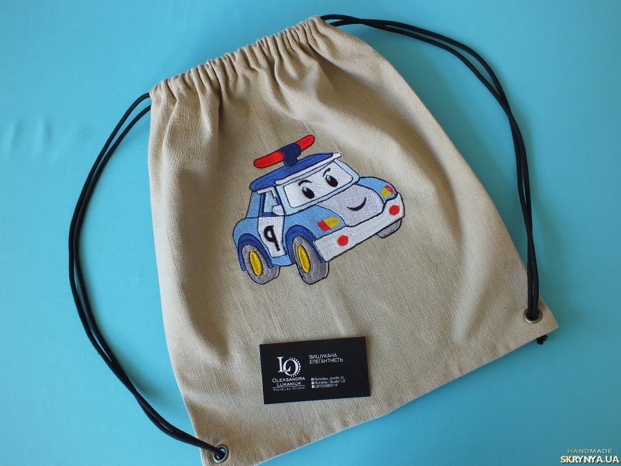 тут изображено Еко-рюкзак Робокар Поллі від Richelieu Studio LO