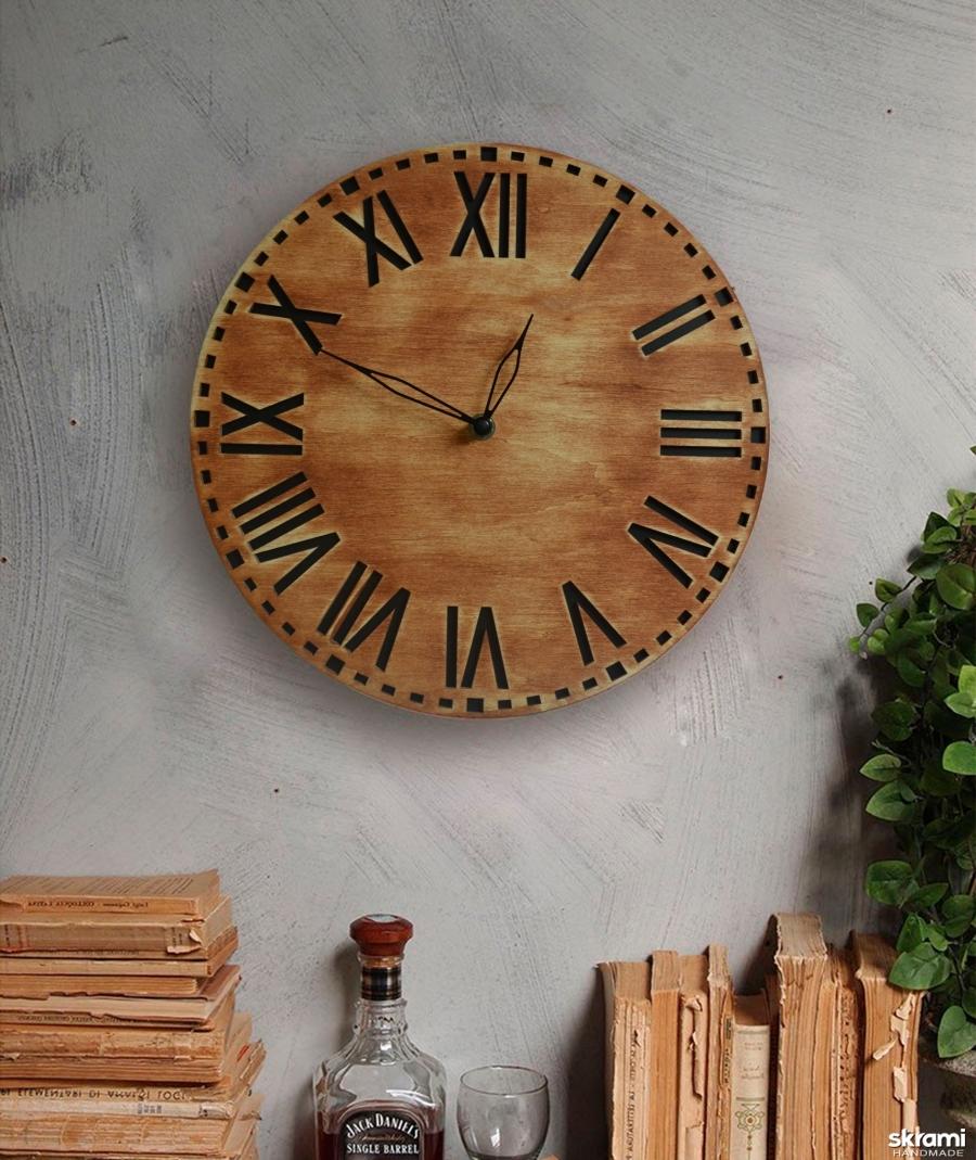 тут изображено Часы из дерева