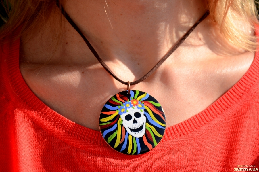 pictured here Skull pendant gift, Halloween Skull necklace jewelry for teenagers
