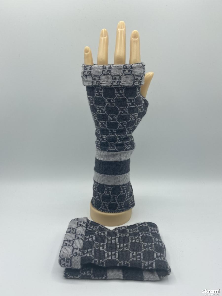 pictured here Designer Gucci Fingerless Gloves