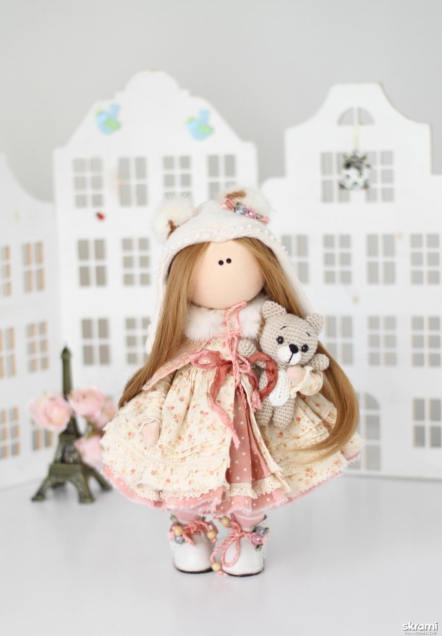 тут изображено Интерьерная текстильная кукла Ариша