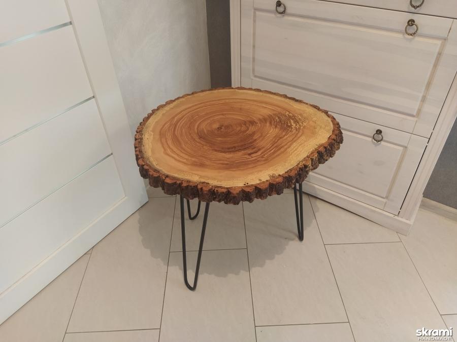тут изображено Кофейный столик