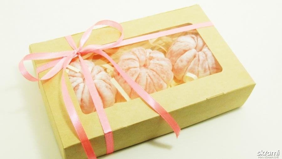 тут изображено Набор мыла ′Три мандарина′ с мандаринным ароматом