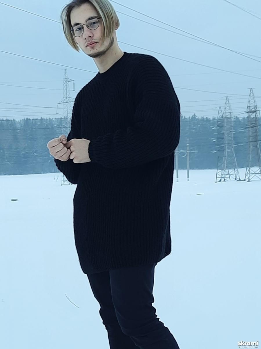 тут изображено Пуловер оверсайз  для мужчин
