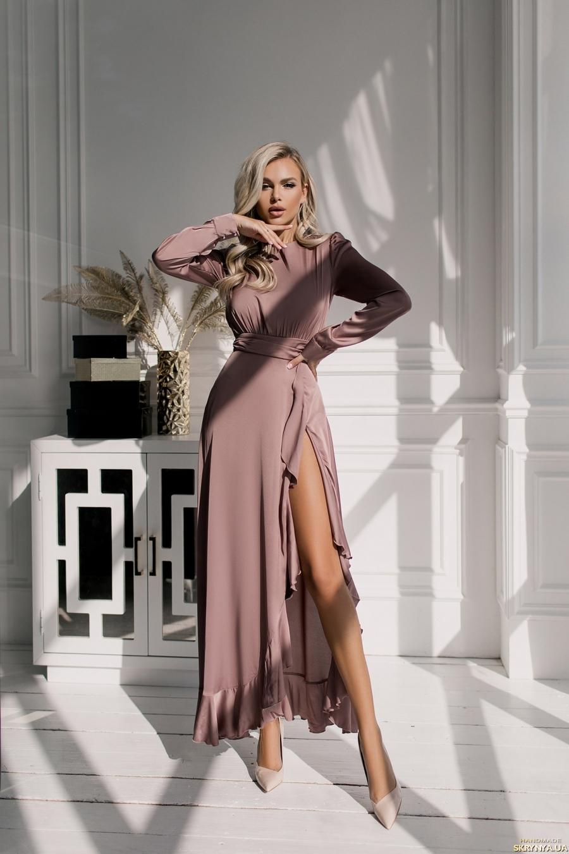 тут изображено Платье вечернее