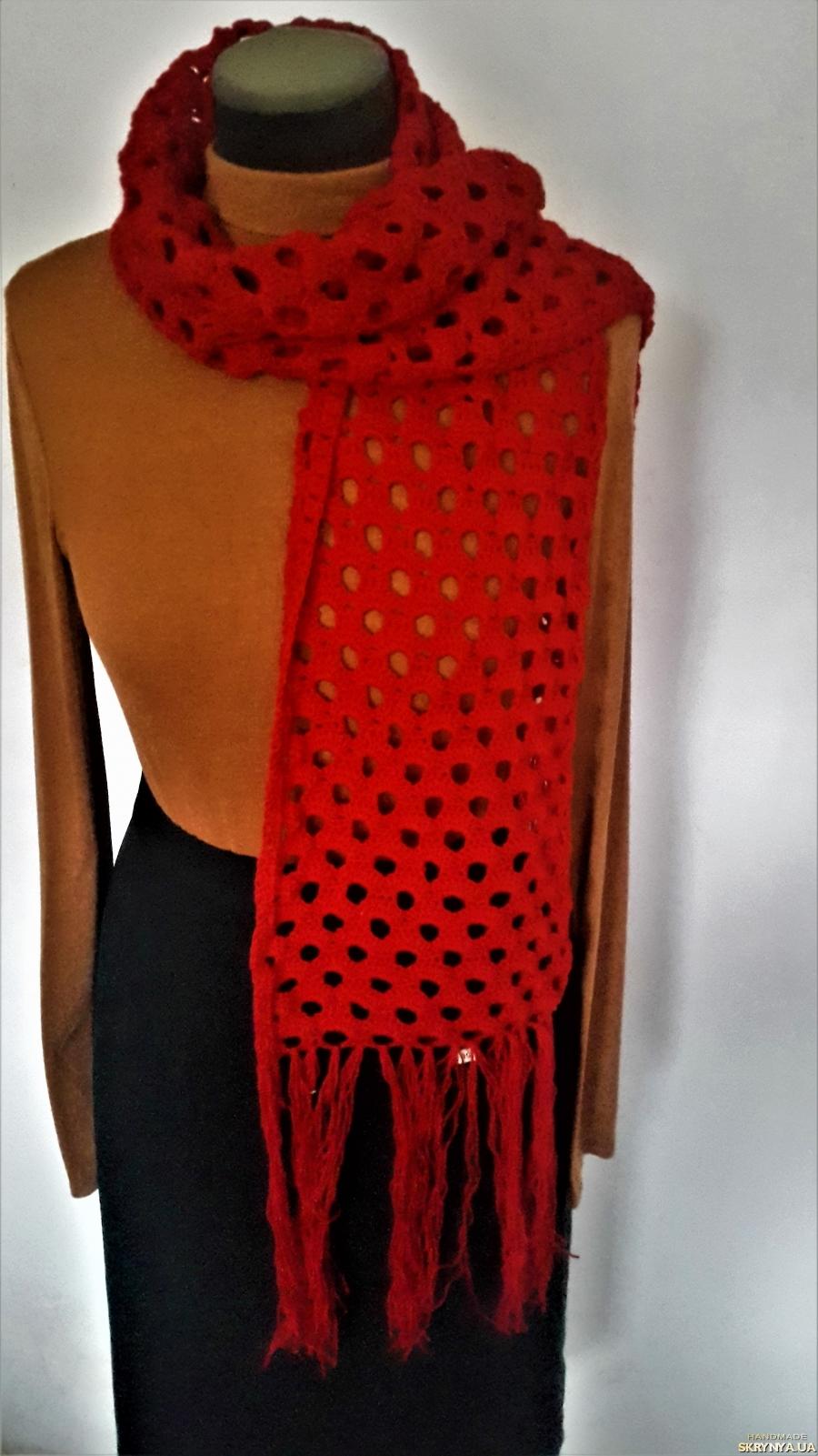 pictured here Теплый, ажурный, женский шарфик красного цвета ручной работы