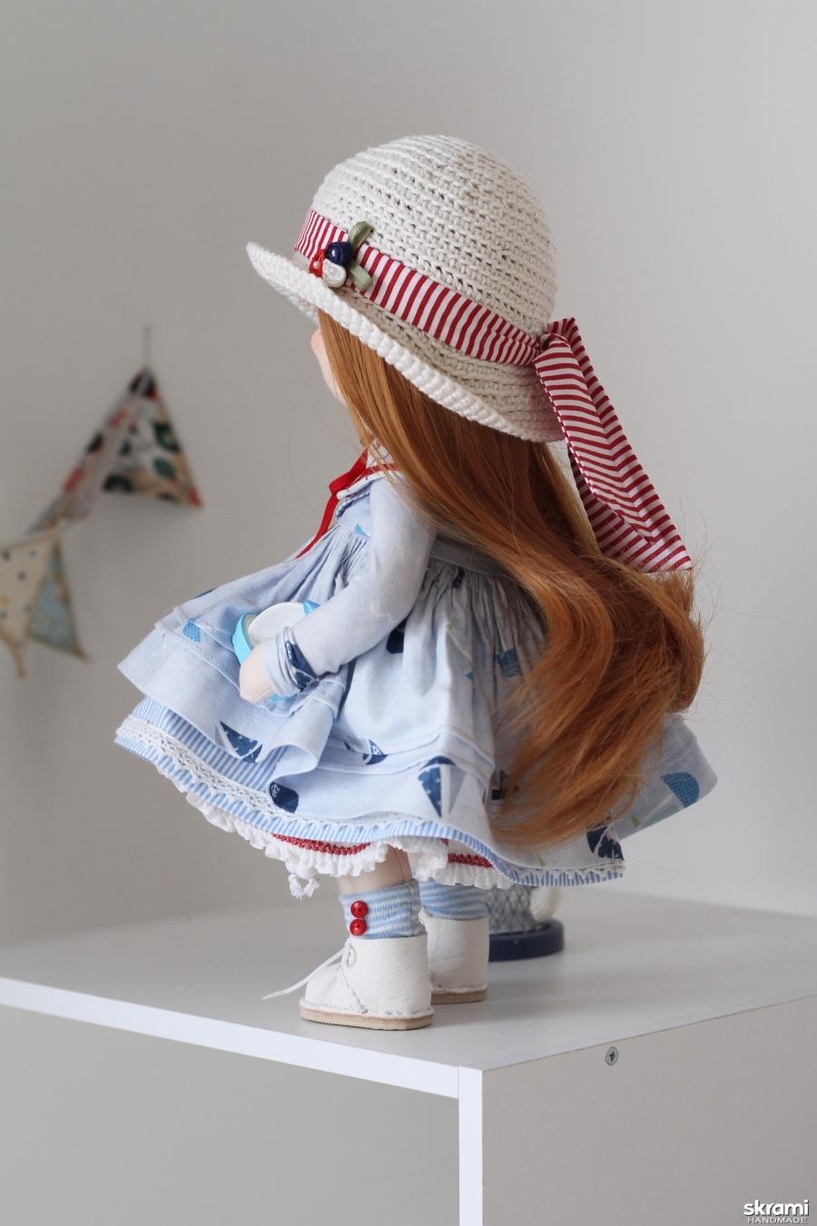 Тася интерьерная текстильная кукла морячка