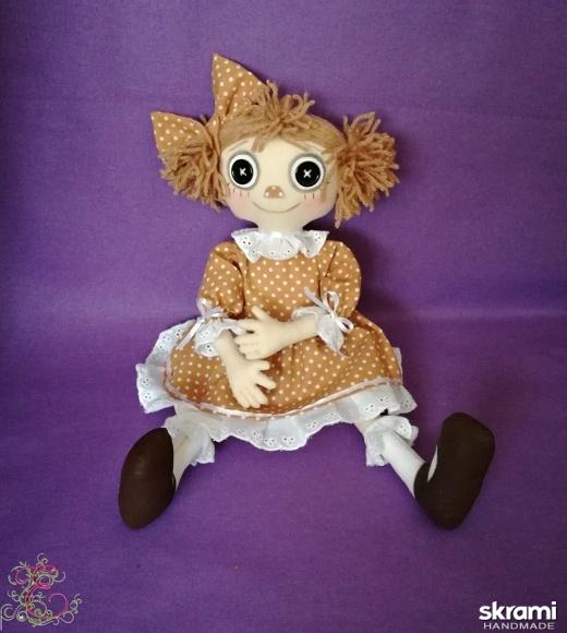 тут изображено кукла Даша
