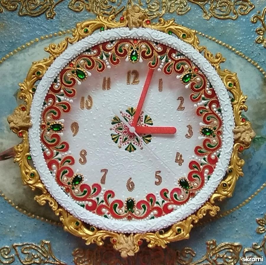 тут изображено Часы ′Настроение′