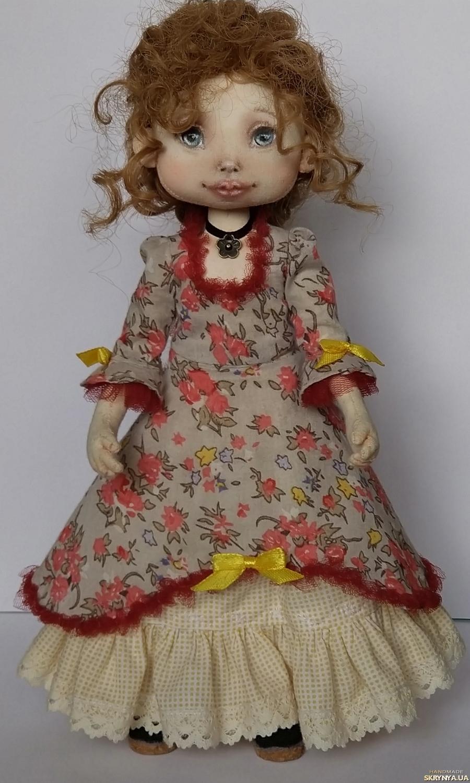 тут изображено Интерьерная текстильная кукла