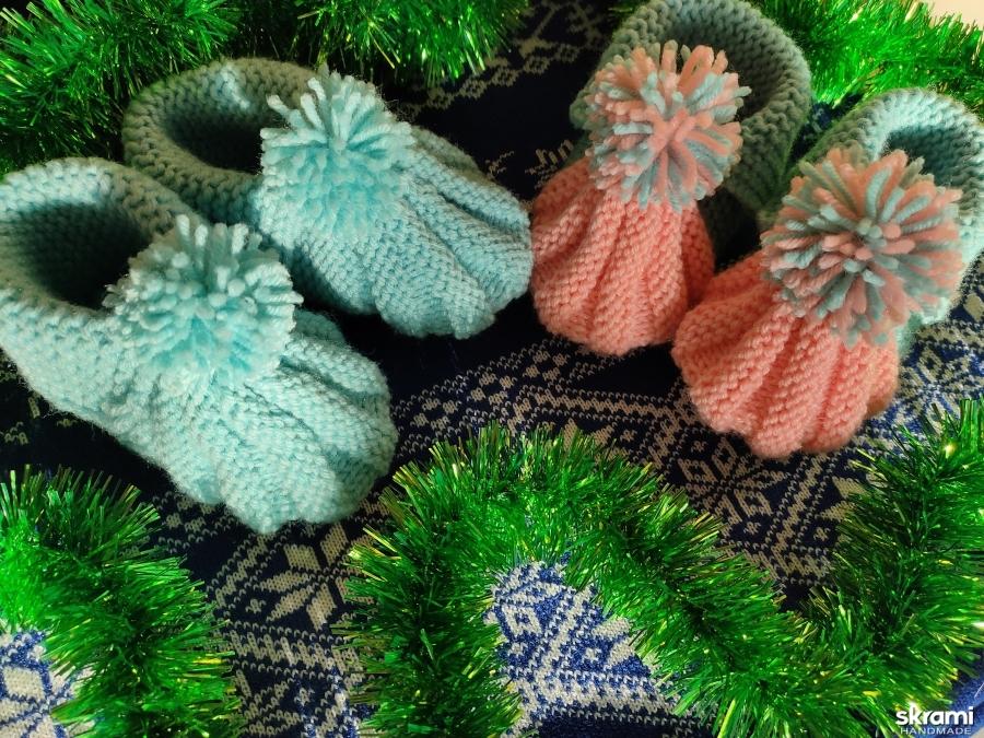 тут изображено Носочки-тапочки для малышей
