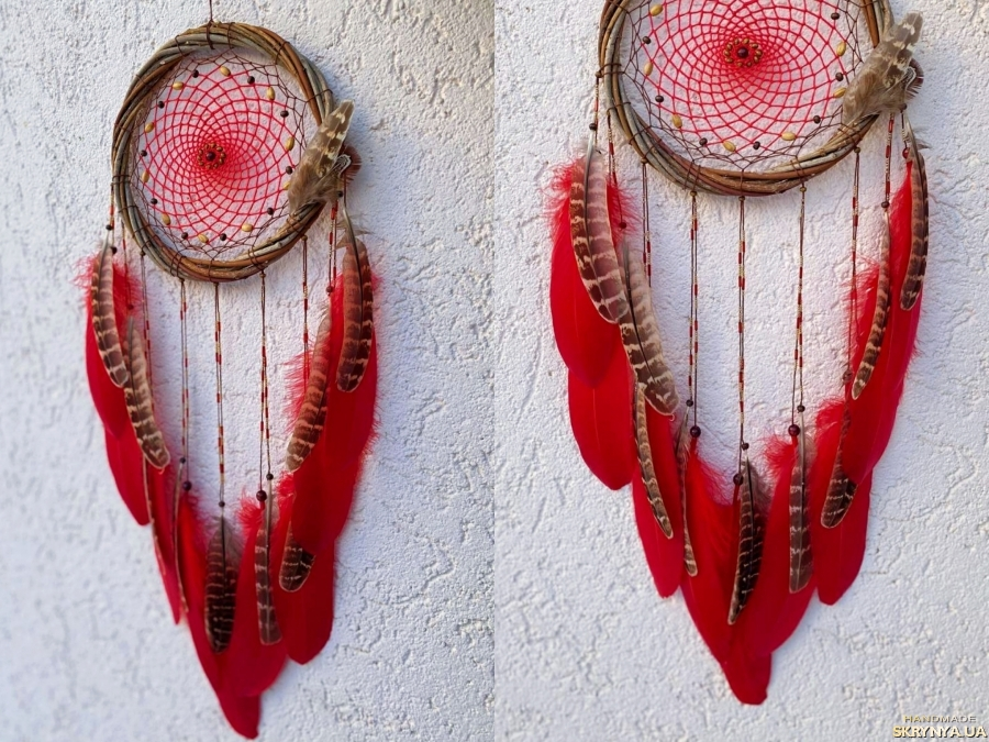 pictured here Красный ловец снов. Подарок ручной работы. Декор на стену.
