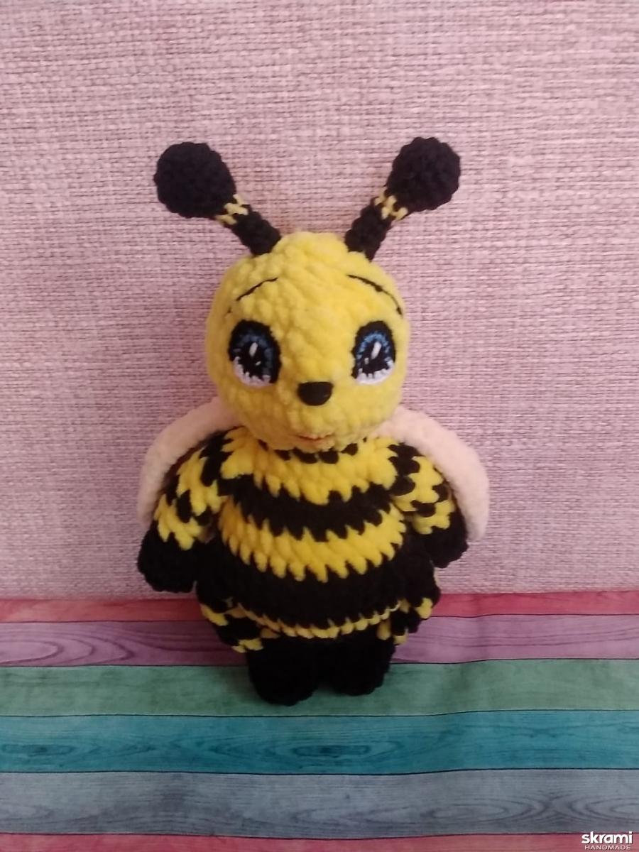 тут изображено мк пчелёнок