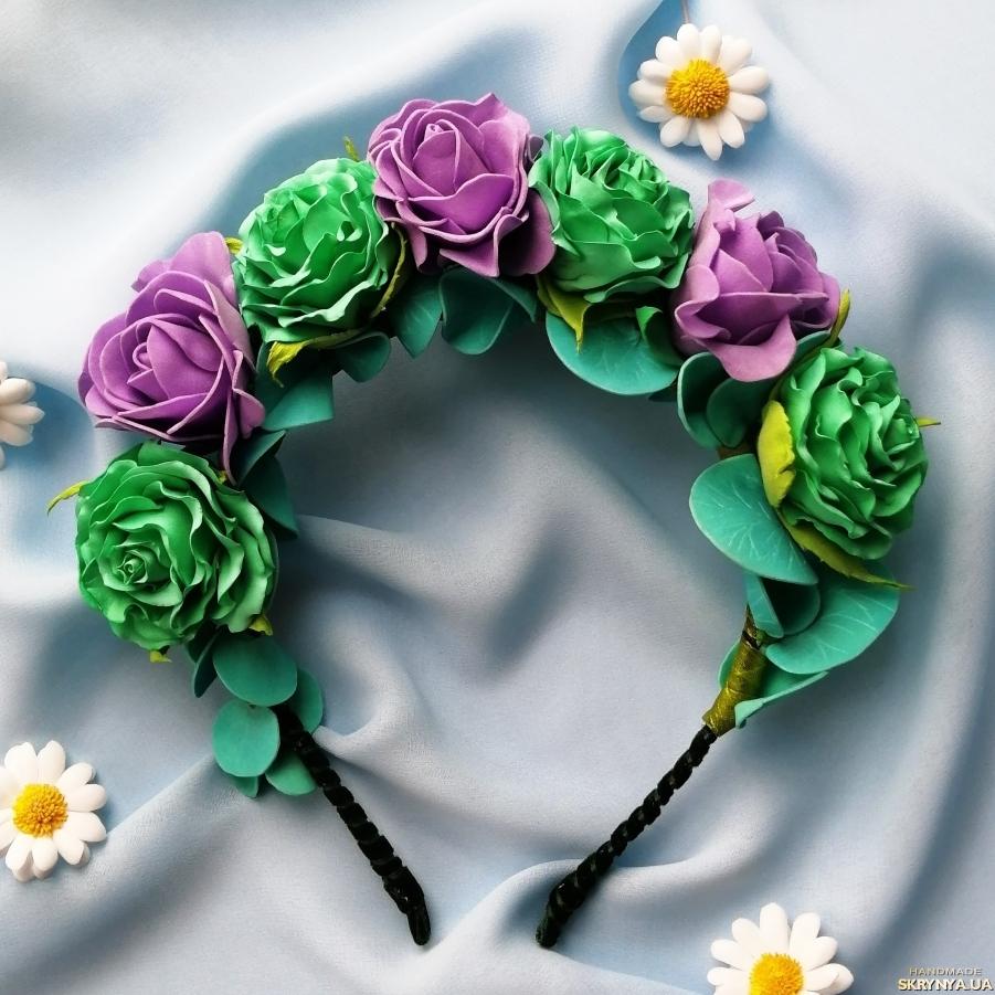 тут изображено Яркий ободок с цветами, цветочный обруч, цветочный венок, подарок девочке