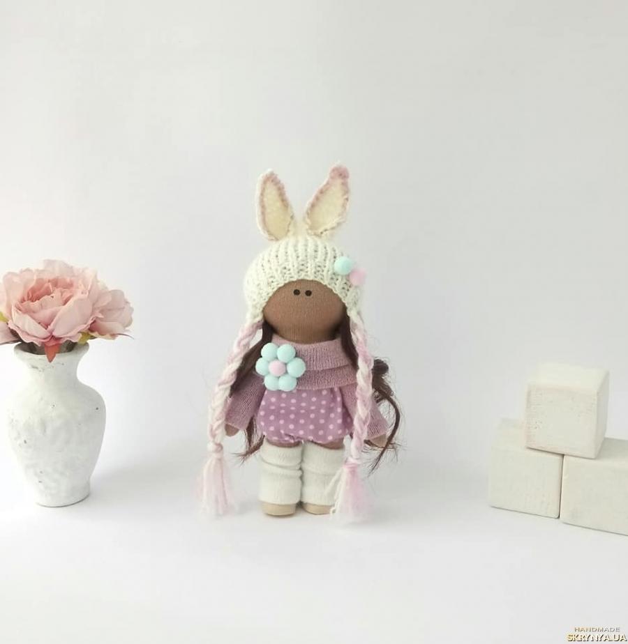 pictured here Кукла текстильная. Кукла в шапочке. Красивые куклы. Ляльки.