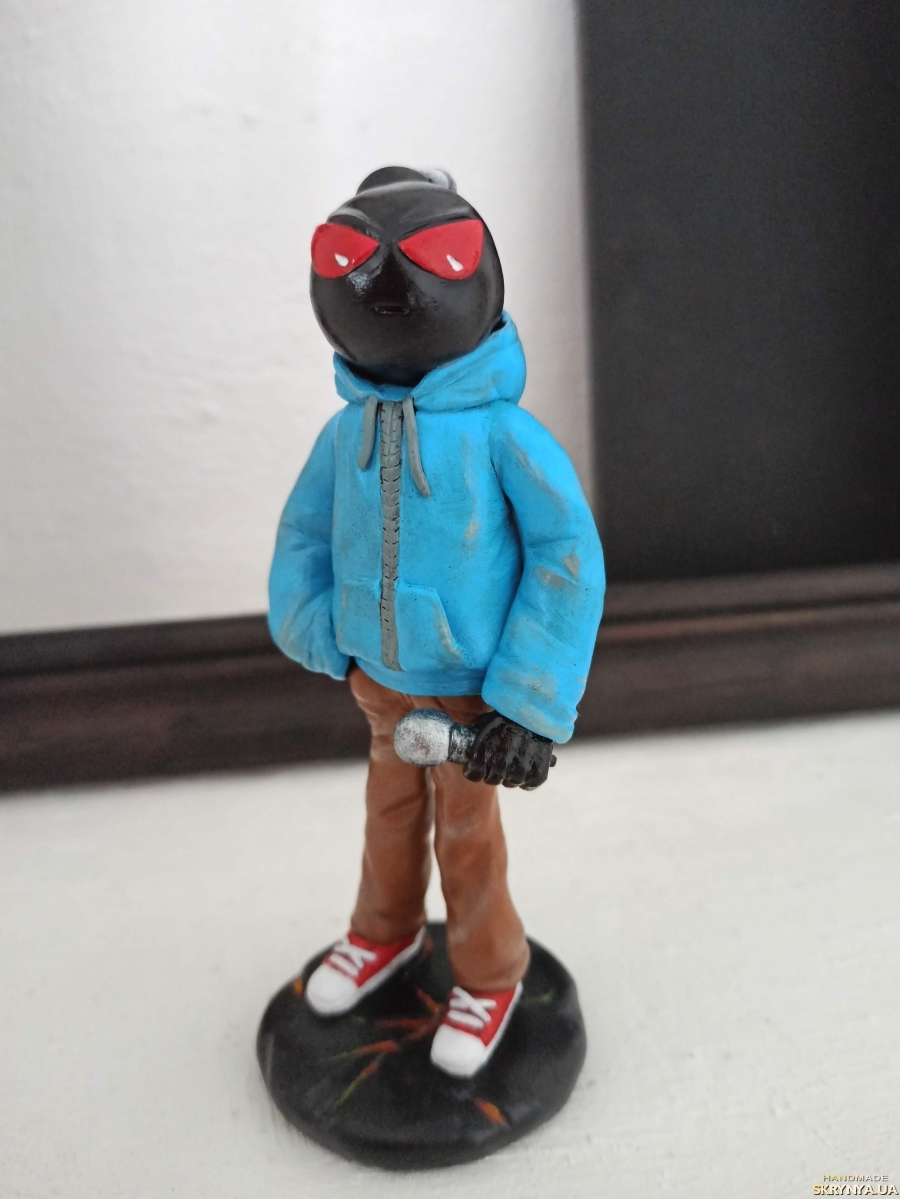 pictured here Friday Night Funkin Whitty Bomb Collectible Figure