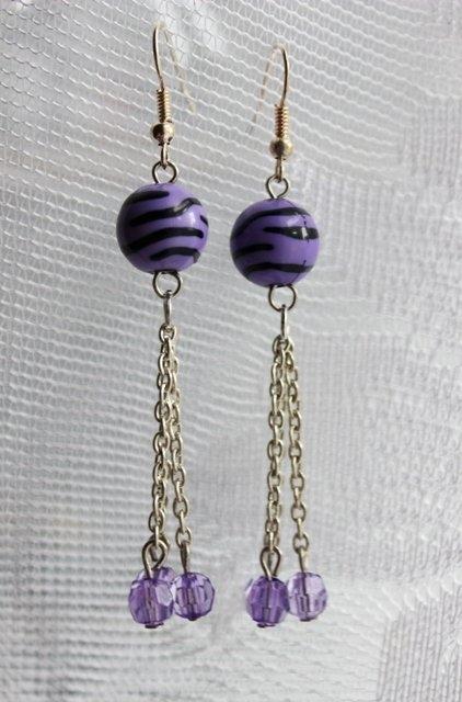 тут изображено «Серьги Фиолетовые в полоску»