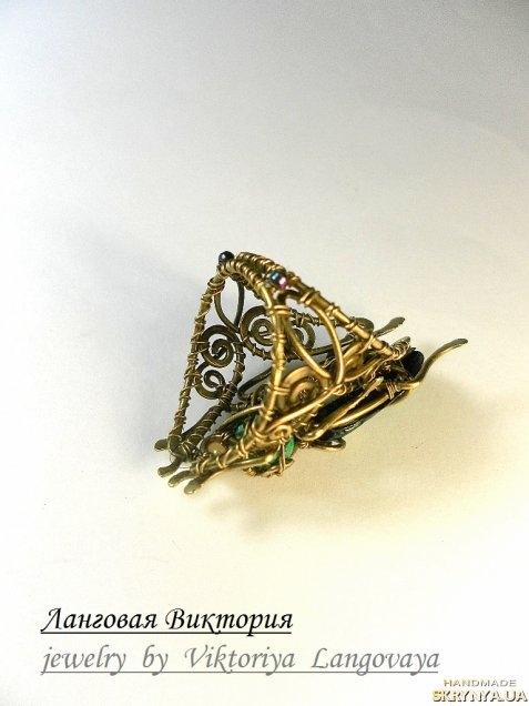 тут изображено «Перстень Жук»