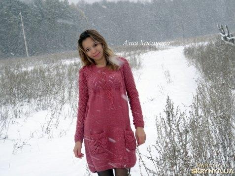 тут изображено Вязаное платье