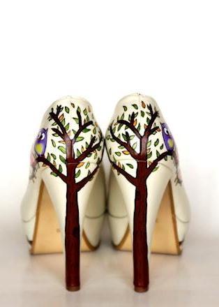 тут изображено Росспись обуви 5