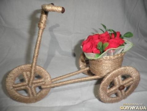 тут изображено Кашпо велосипед