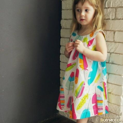 тут изображено Детское платье Plumelet