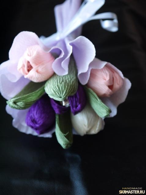 тут изображено Букет из конфет Тюльпаны