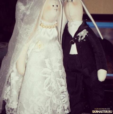 тут изображено Свадебные зайцы