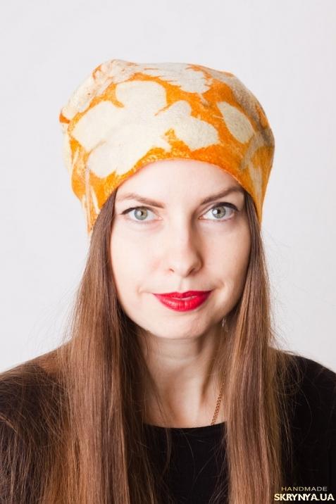 тут изображено Шапка валяная ′Апельсинка′