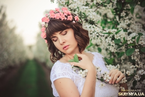 тут изображено Венок Сакуры  цвет из фоамирана