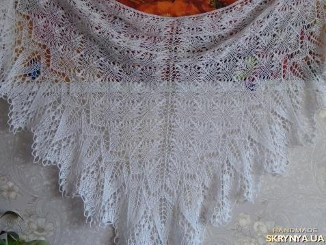 тут изображено Летняя шаль Марианна выполнена из хлопка 100%