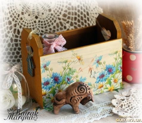тут изображено Небольшой коробочек из сосны ′На лугу′