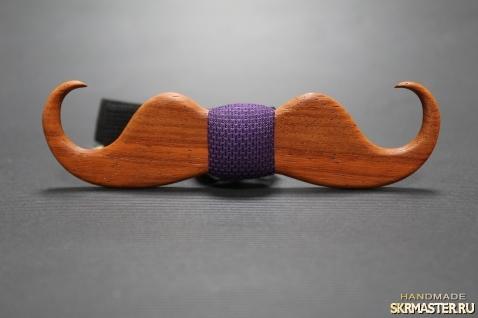 тут изображено Деревянная галстук-бабочка ′Mustache′ из Африканского Падука.