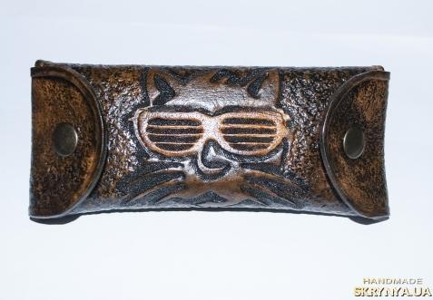 тут изображено Футляр для окулярів ′Базіліо′.