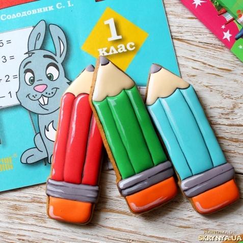 тут изображено Пряник у вигляді олівця