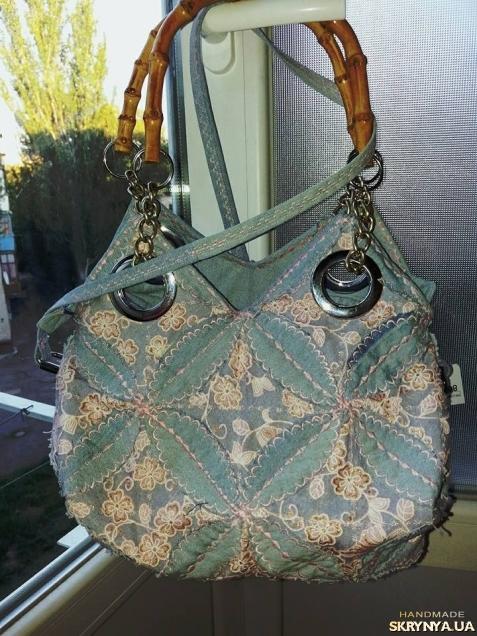 pictured here Джинсовая ажурная сумочка с ручками из бамбука