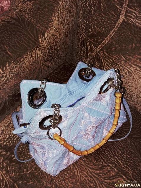 Джинсовая ажурная сумочка с ручками из бамбука