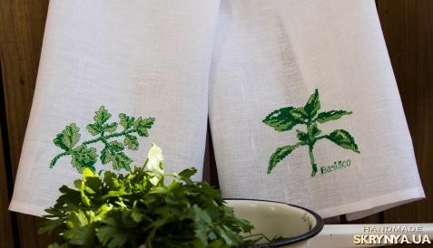 тут изображено Льняные полотенца
