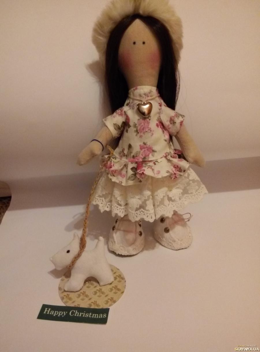 тут изображено Милая Интерьерная кукла
