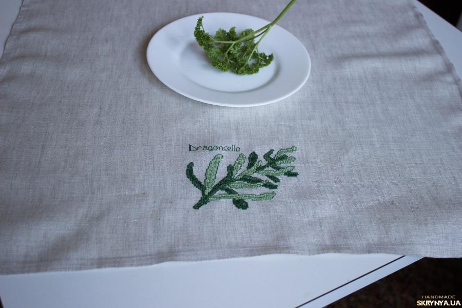 тут изображено Льняное полотенце